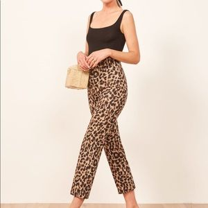 NWT Reformation Marlon Pant Size 6 🐆